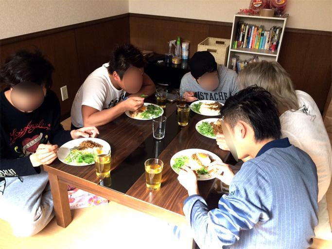 自立支援施設MIRAIの1日 昼飯